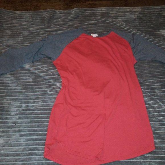 LuLaRoe Tops - LuLaRoe Randy (baseball)  Tshirt